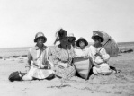 Hilda Forster; Mrs. Blair; Gwen Littleton; Dorothy Blair; Annie Littleton (nee Forster) at Point Lonsdale, Victoria, c. 1928
