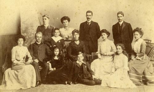 1902 Forster family (2)